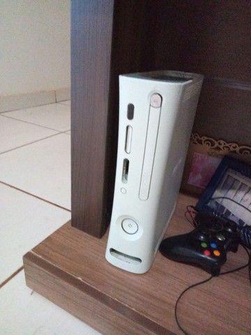 Xbox 360 com um controle e sem fonte  - Foto 4
