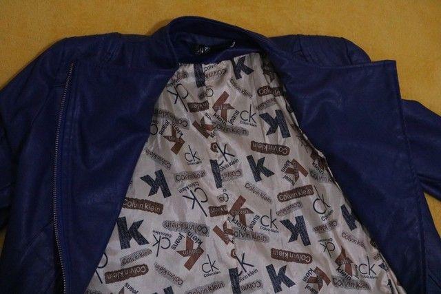 Jaqueta de couro sintético Old school- Tam. M - Foto 4