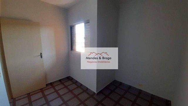 Sobrado com 4 dormitórios para alugar, 160 m² por R$ 2.500,00/mês - Cocaia - Guarulhos/SP - Foto 17