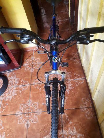Bike semi nova quadro 21 aro 26 - Foto 3