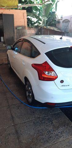 Ford Focus Hatch Titanium Plus 2.0 16V PowerShift 2015 - Foto 19