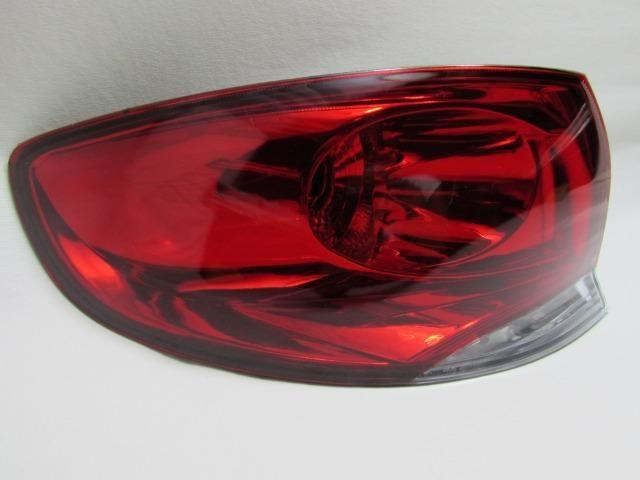 Lanterna Traseira Canto Siena 2008 2009 2010 2011 Esquerdo
