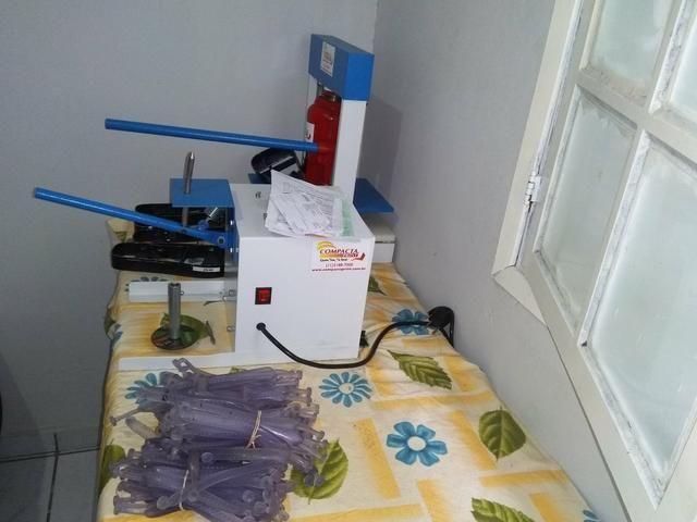 292bf3654 Vendo máquinas de fazer chinelos compacta print hidráulicas semi-nova