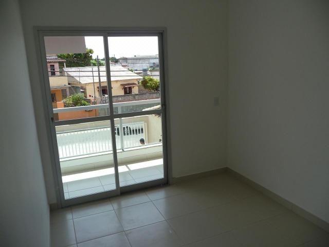 Apartamento Térreo-02 Quartos- Parque Tubarão - Foto 6