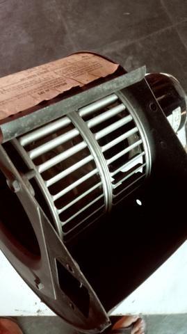 Motor Vent. ar cond. Volvo EDC vendo/troco - Foto 2