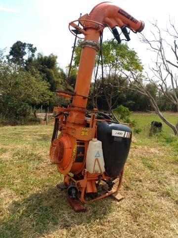 Pulverizador Jacto 400 l canhão - Foto 2