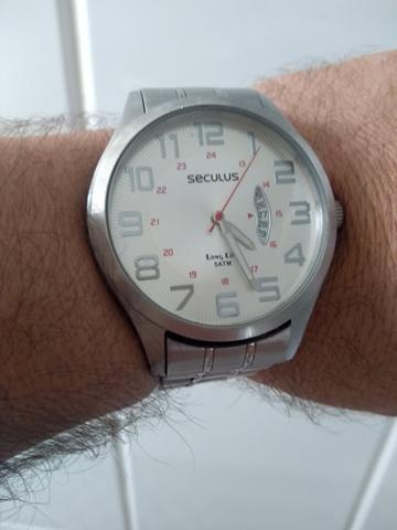 96262f4eae1 Vendo relógio Seculus Long life - Bijouterias