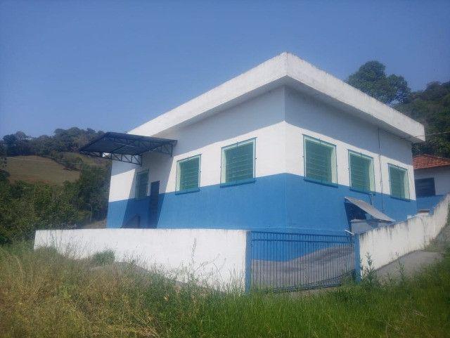 Chácara de 1 alqueire com casa e laticínio em Marmelópolis - Foto 3