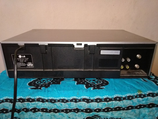 Video Cassete LG Ec-931b 7 Cabeças Hi-fi Stereo<br><br><br> - Foto 2