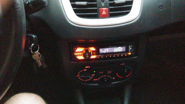 Peugeot 207 1.4 8v 2013 Excelente Estado! - Foto 13