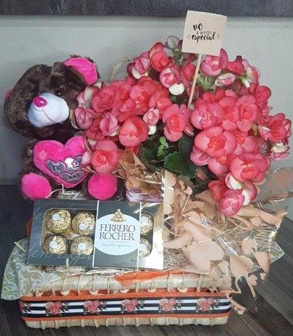 Buque de Rosas - feita com todo carinho - Foto 3