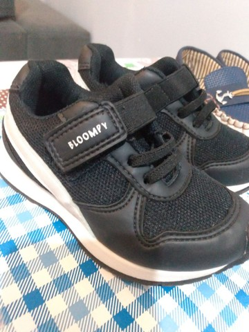 Sapato infantil molequinho + sapato bloompy. tamanho 25 ambos sem marca de uso  - Foto 3