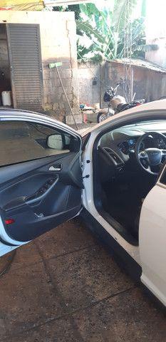 Ford Focus Hatch Titanium Plus 2.0 16V PowerShift 2015 - Foto 16