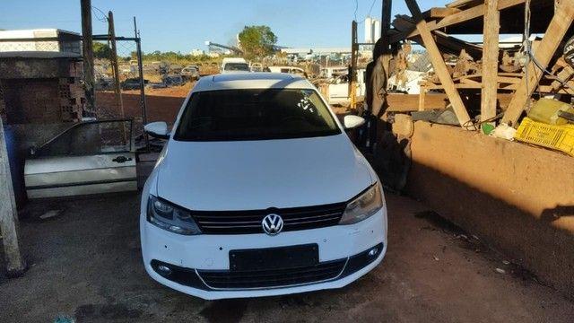 Volkswagen Jetta 2.0 TSI 2012 Batido Com Garantia Para Peças - Foto 12