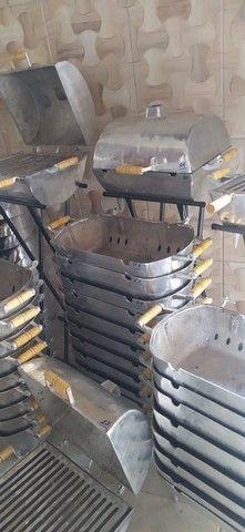 Churrasqueira de alumínio - Foto 2