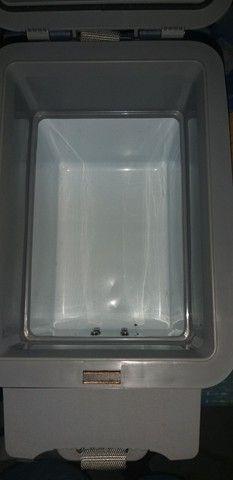 Cooler termoeletrico mobicool T07 DC - 7 Litros Azul/Branco. - Foto 2
