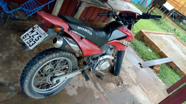 Vendo Bros 2004 somente R$ 3800,00