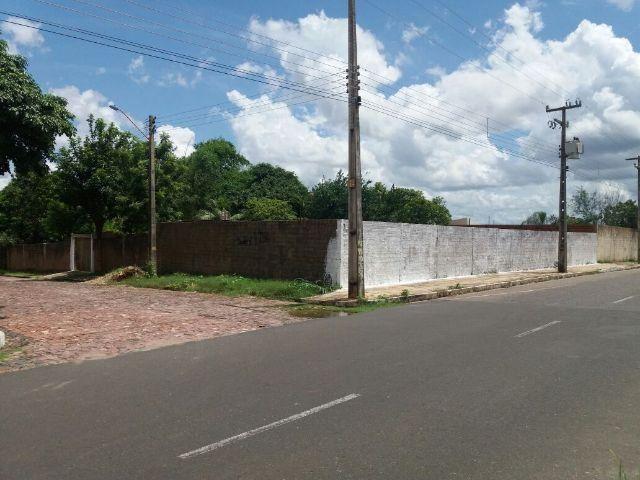 Terreno de esquina 1200 m² Av. Presidente Jânio Quadros