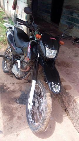Vendo moto bros 2008 toda revisada e legalizada