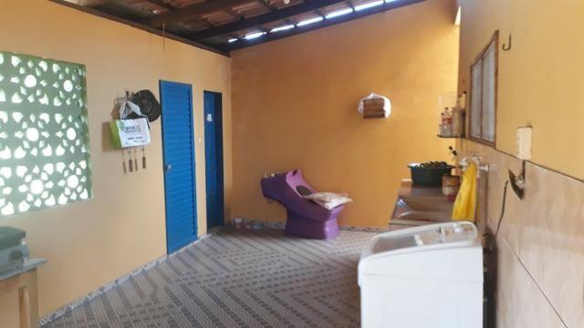 Vende, R$ 300.000,00, excelente casa na av. principal da folha 23 com kitnet no fundo - Foto 10