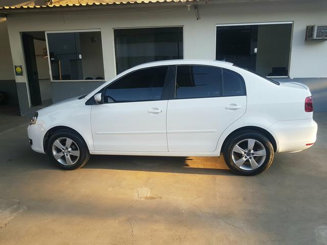 Vw Polo 1.6 confortline Branco 2014 - Foto 2