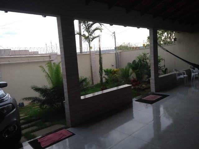 Casa para venda tem 250 metros quadrados com 3 quartos em Jardim Belvedere - Caldas Novas - Foto 3