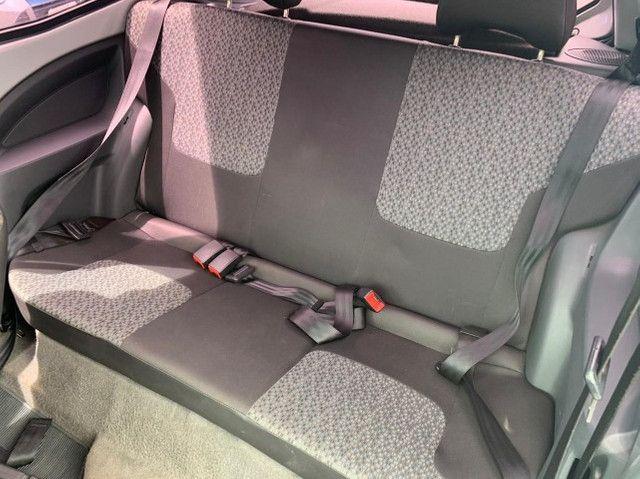 Ford KA 1.0 2p com Ar condicionado 2011-2012 R$18.900 - Foto 9