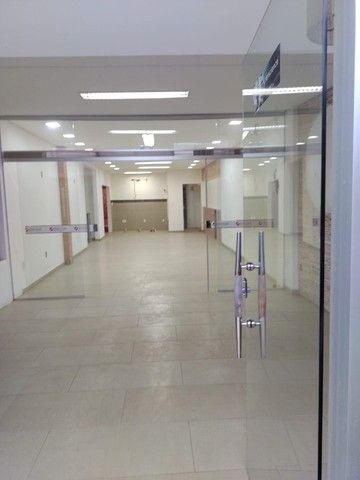 Alugo prédio comercial no centro de Petrolina. - Foto 2