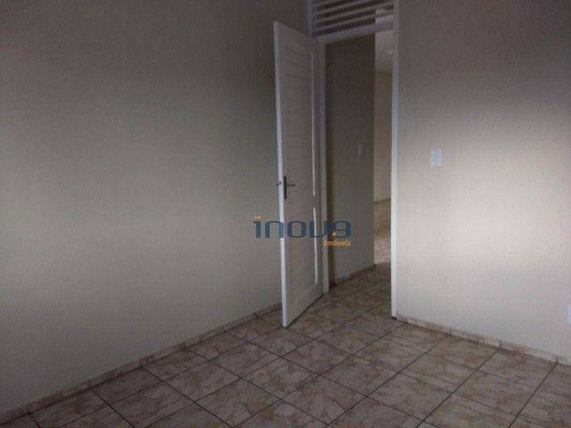 Apartamento com 2 dormitórios para alugar, 73 m² por R$ 750,00/ano - Montese - Fortaleza/C - Foto 11