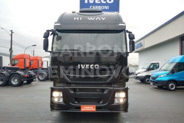Iveco Hi Way 600S44T, ano 2017/2018