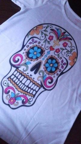 Super oportunidade -T-shirts brancas customizadas em diversas estampas e tamanhos