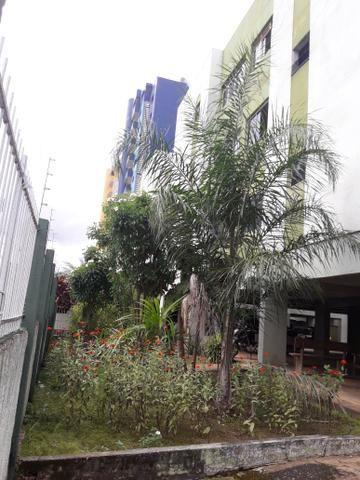 Alugo apartamento na avenida Rio Madeirac/sete de Setembro. próximo shoping