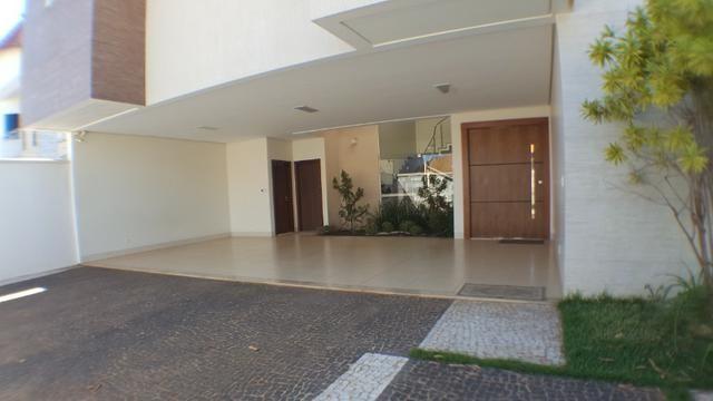 Sobrado 5 Suítes, 425 m², semi mobiliada, c/ lazer na 303 Sul - Foto 4