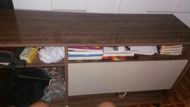 Rack semi novo com rodinhas 4 compartimentos