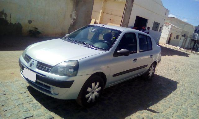 Clio Sedam Completo (Super Conservado)