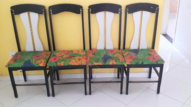 Conjunto de 4 Cadeiras de jantar