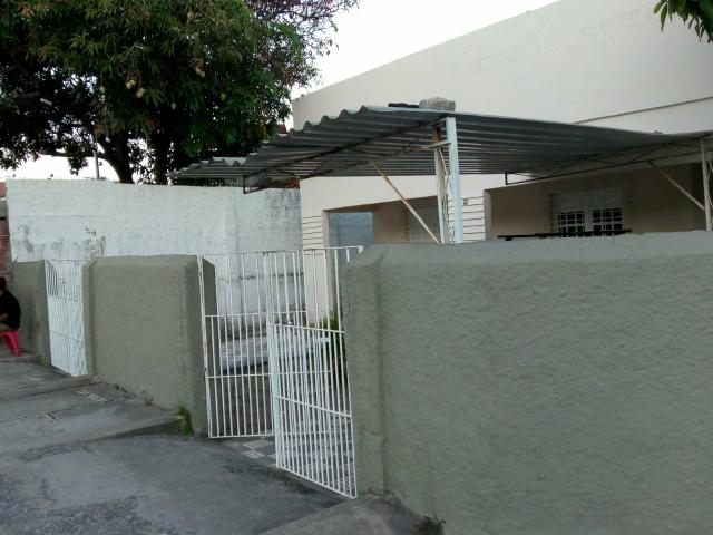 Vendo casa em Olinda