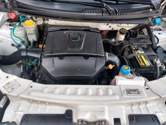 Grand Siena essence 1.6 16V completo - Foto 11