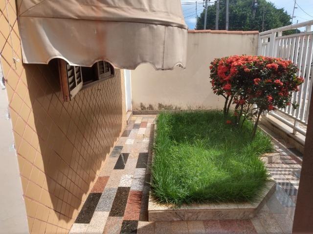 Ótima casa no bairro Santa Luzia em Patos de Minas/MG - Foto 18