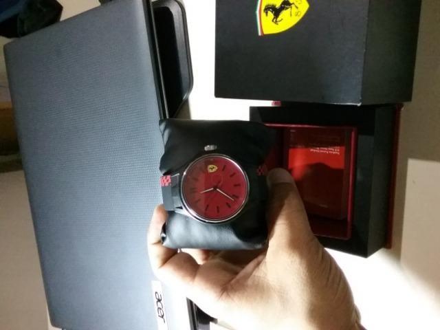 8b076adca1d Relógio Ferrari Silicone Vermelho - Bijouterias