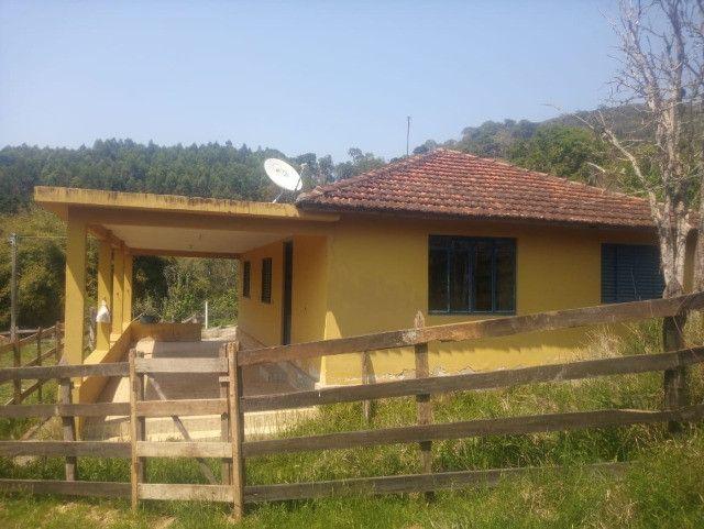 Chácara de 1 alqueire com casa e laticínio em Marmelópolis - Foto 5