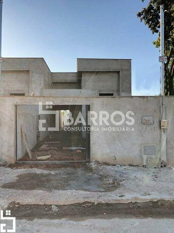 Linda Casa 2 Quartos Com Suíte no Jardim Veneza