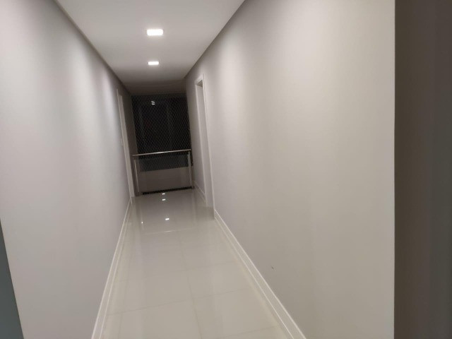 Excelente casa no Alphaville Litoral Norte II - 318 m² - 4/4 sendo 3 suítes - Casa nova - Foto 19