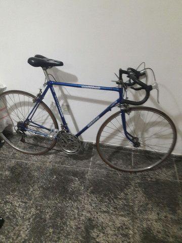 Bicicleta Caloi 10 de corrida com 7macha e um raridade no valor de 1.000 mil reais