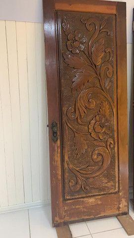Portas de Madeira Trabalhada - Foto 3