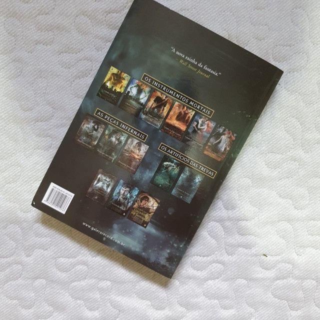 Livro Senhor das Sombras - Cassandra Clare - Foto 2
