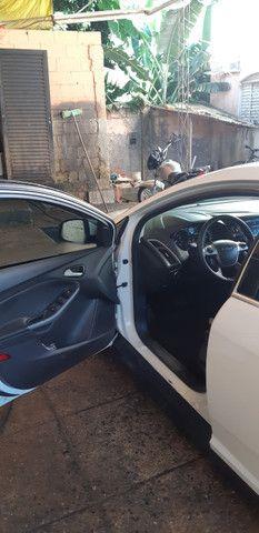 Ford Focus Hatch Titanium Plus 2.0 16V PowerShift 2015 - Foto 2