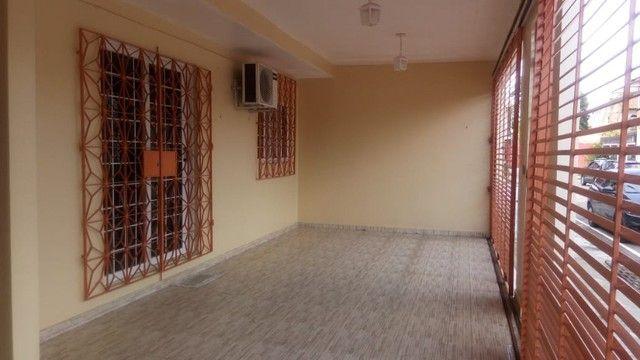 Casa 4 quartos e piscina na Marambaia