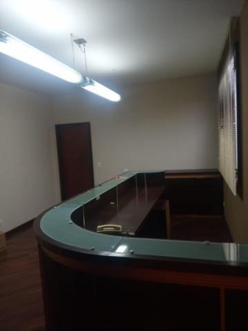 Linda residência comercial com muitas salas e amplo estacionamento - Foto 8