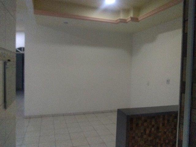 Apartamento térreo, com 3 quartos e 3 banheiros, garagem... - Foto 4